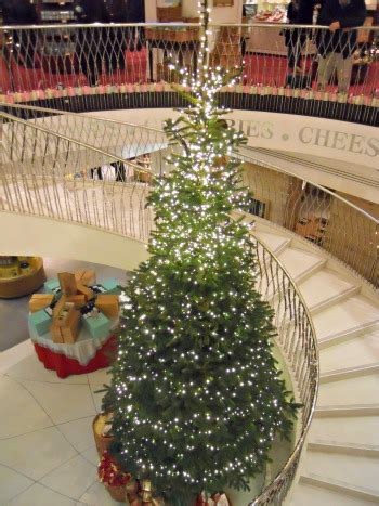 fortnum and mason tree decorations at fortnum in