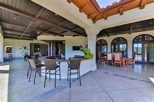 Home Mortgage Rates Calculator Is Selling Her Thousand Oaks Home