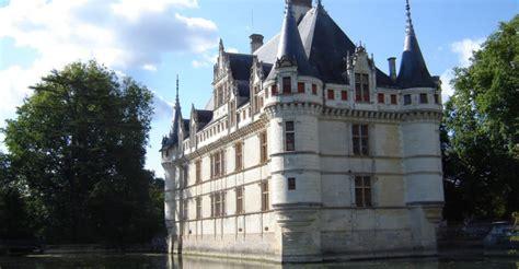 agence immobiliere azay le rideau 28 images place plumereau le coeur historique de tours
