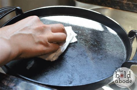 pots iron cast pans clean gently pan buff there cleaning bits notice might