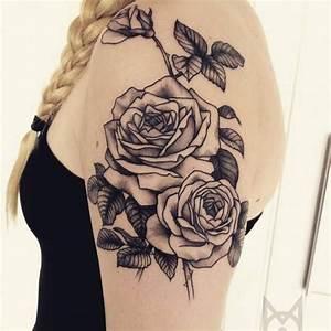 Tatouage Femme Epaule Discret : tatouage paule femme rose mod les et exemples ~ Melissatoandfro.com Idées de Décoration