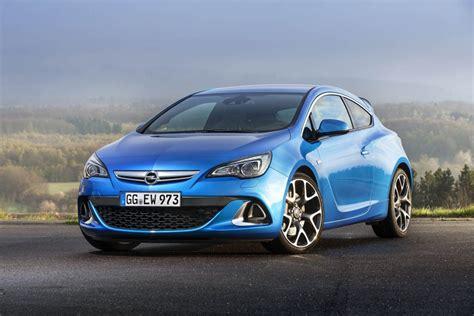 Opel Astra J OPC / Holden Astra VXR / Vauxhall Astra VXR - Hot Hatch