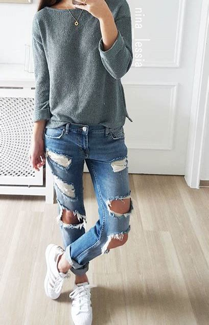 200+ Cute Ripped Jeans Outfits For Winter 2017 | Winter Clothes and Jean outfits