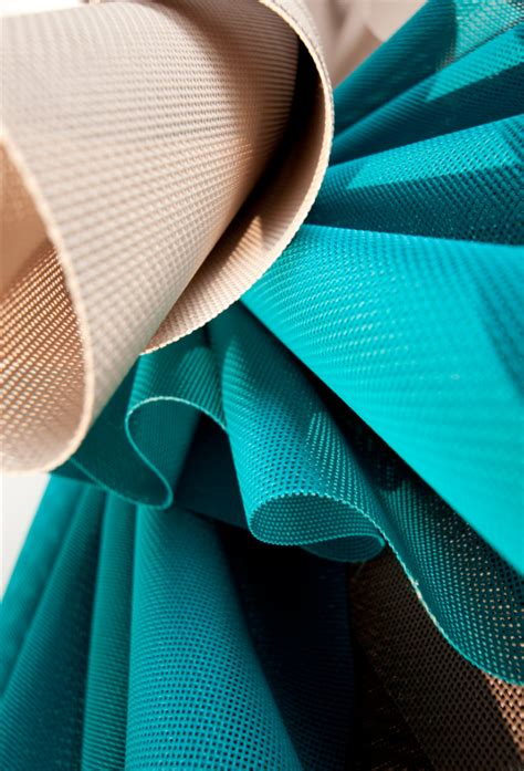 Swiss textiles are committed to ensuring that our industry stays internationally competitive. Serge Ferrari / Batyline range is based on a soft, elegant, refined fabric that is easy to clean ...
