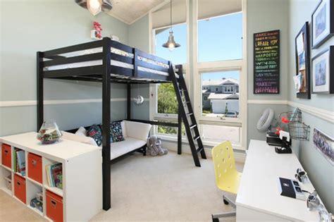 chambre avec lit mezzanine lit mezzanine pour une chambre d ado originale design feria