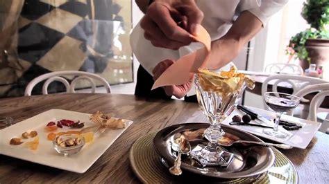 Golden Opulance Sundae - the most expensive dessert the 1000 golden opulence