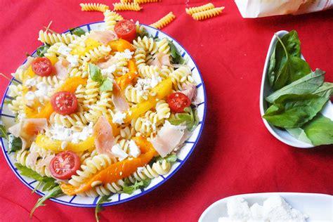 salade de pates surimi poivron salade de p 226 tes aux poivrons grill 233 s