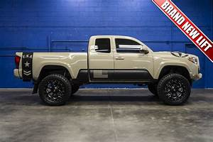 Lifted 2016 Toyota Tacoma 4x4 | Tacoma Decals | Pinterest ...