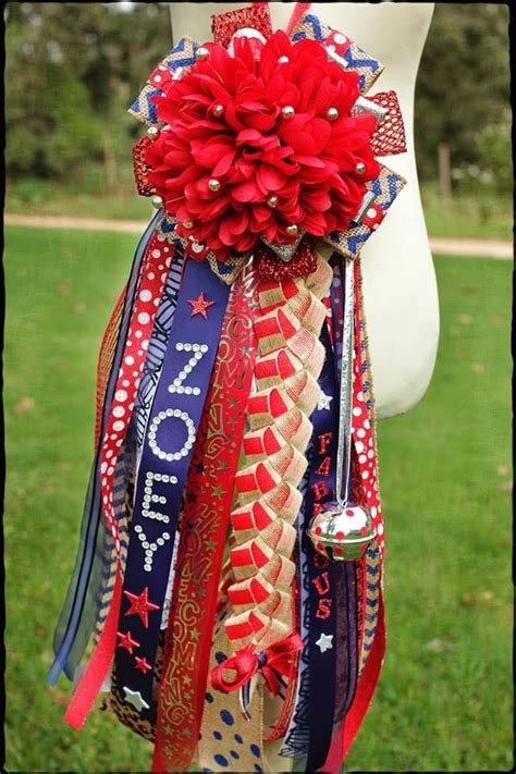 football mums 1000 ideas about texas homecoming mums on pinterest homecoming mums homecoming garter and