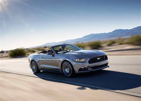 ford mustang convertible pictures   mph time