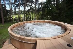 Salon Exterieur En Bois : spa en bois bain nordique jacuzzi en bois ext rieur hot tub ~ Premium-room.com Idées de Décoration