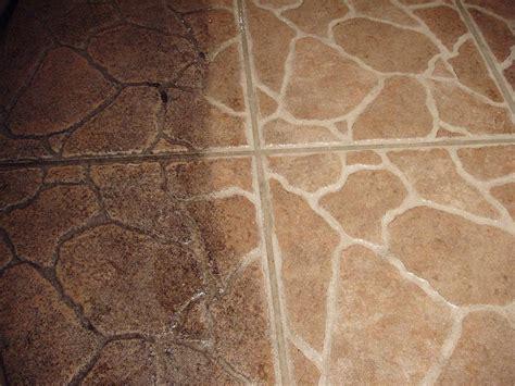 how to clean vinyl floors with vinegar best way to clean