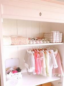 Chambre Bébé Fille : quand une armoire chin e devient un joli dressing joli tipi ~ Teatrodelosmanantiales.com Idées de Décoration
