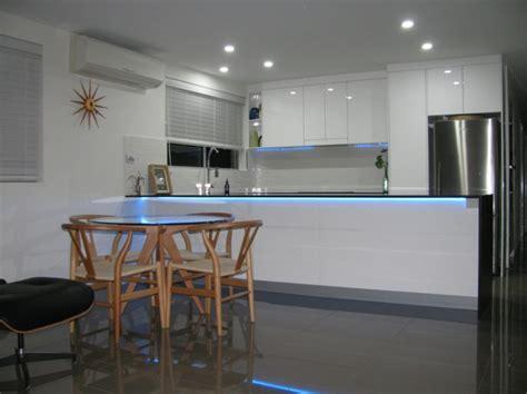 kitchen island lighting led küchenbeleuchtung funktional und umweltschonend die