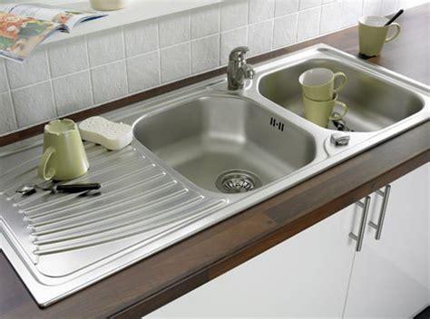 robinet de cuisine bien choisir évier leroy merlin