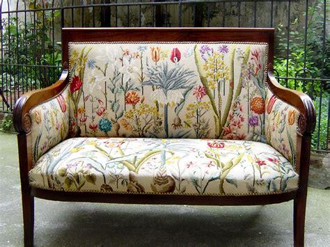 canape de style canapés de style tapisserie neves tapissier fort de plus
