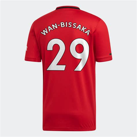 Aaron Wan-Bissaka to wear the number 29 at Manchester ...