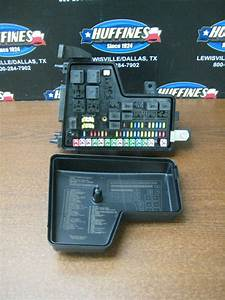 2004 Mopar Dodge Ram 1500 Gasoline Power Distribution Center Fuse Block Tipm