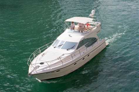 52ft Boat by 52ft Yacht Rent A Yacht Dubai
