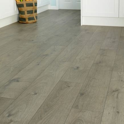 Professional V Groove Dark Grey Oak laminate   Howdens