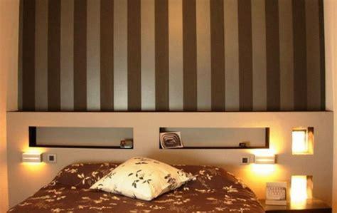 Wand Mit Streifen Gestalten by Schlafzimmerwand Gestalten Wanddeko Hinter Dem Bett