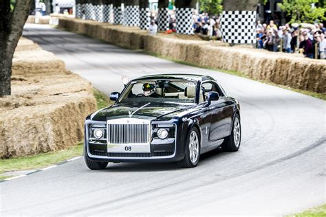 rolls royce sport 2017 rolls royce celebrates successful 2017 goodwood festival