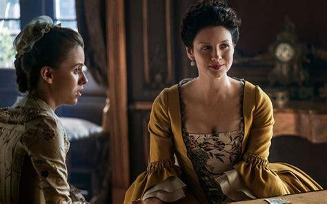 Outlander's Caitriona Balfe goes Golden again ...