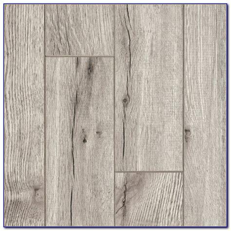 lumber liquidators vinyl vinyl plank click flooring problems flooring home design ideas kypzma7kqo90268