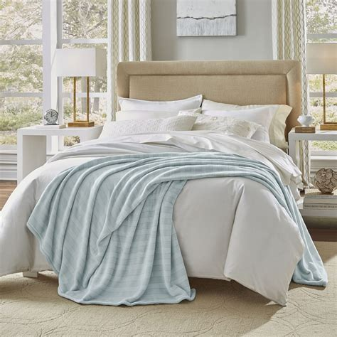 Summer Coverlet by Discover The Best Bedspreads For Summer Overstock