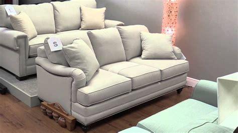 Bassett Loveseat bassett custom furniture sofa loveseat recliners