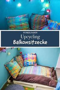 Sitzecke Aus Paletten : upcycling sitzecke aus palette und bunten kissen upcycling paletten sitzkissen paletten ~ Watch28wear.com Haus und Dekorationen