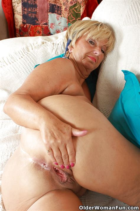 Granny Samantha From Olderwomanfun 16 Pics