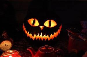 Tete De Citrouille Pour Halloween : modele de sculptat dovlecii de halloween beauty ~ Melissatoandfro.com Idées de Décoration