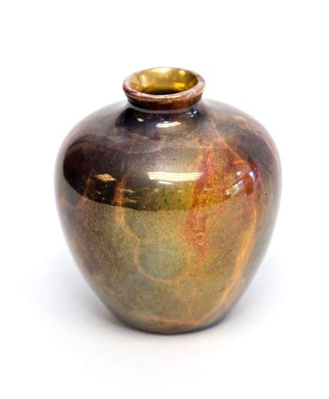 Wilkinsons Vases by An Early 20th Century Wilkinson Oriflamme Miniature Vase