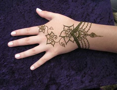 simple mehndi designs  beginners greetingscom
