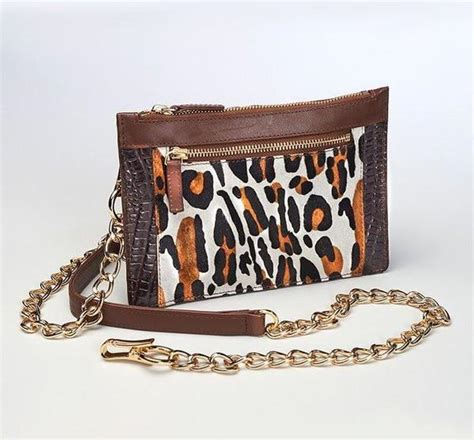 Cincin Leopard 1021 gtm 29 leopard print chained wallet limited edition