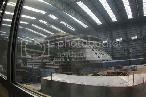 quantum   seas web cam  meyer werft royal