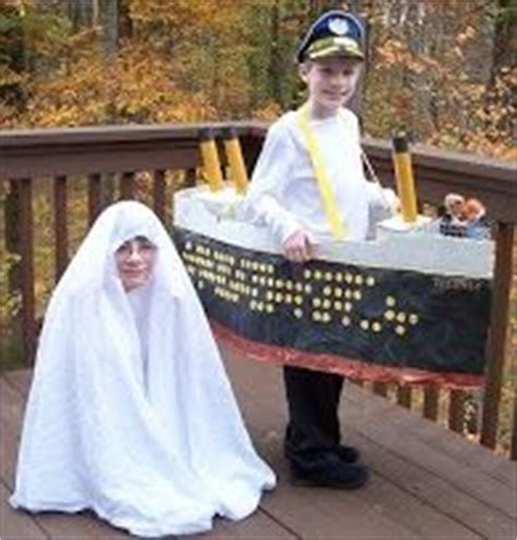 Titanic Boat Costume by 1000 Images About Titanic On Titanic Sinking