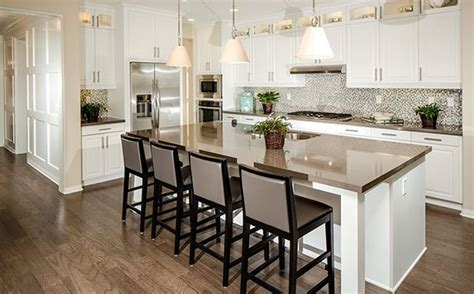 Stainless Steel Appliances, Center Island With Seating