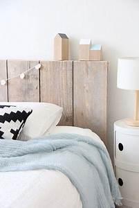 Tete De Lit Bois Clair : t te de lit en bois recycl t tes de lit en bois lit en bois et bois recycl ~ Teatrodelosmanantiales.com Idées de Décoration