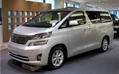 toyota com toyota prius hybridelectric car reviews electric cars
