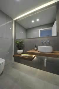 moderne badezimmer beleuchtung die besten 17 ideen zu moderne dusche auf modernes badezimmerdesign designer