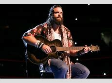 WWE News Elias wants a WrestleMania singing contest