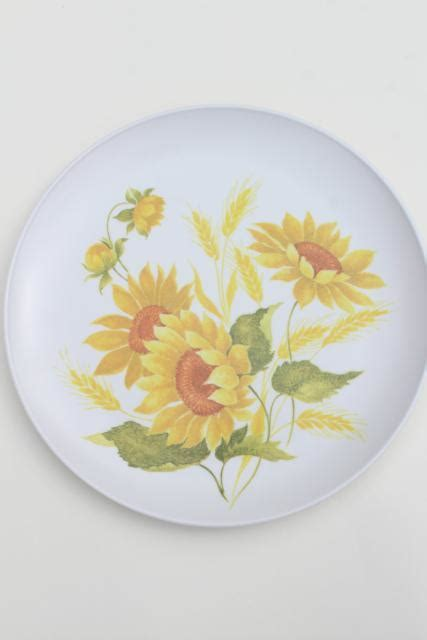 vintage melmac dinnerware set, gold sunflower print