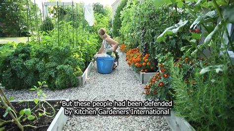 Super Small Kitchen Ideas - drummondville 39 s front yard vegetable garden youtube