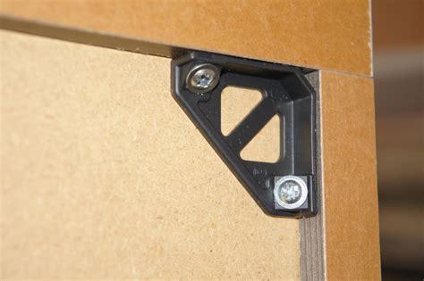 fixation meuble cuisine fixation meuble haut de cuisine dans placo image sur le