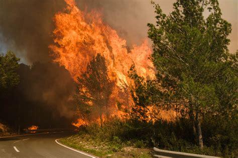 Grave Incendio Forestal En Ibiza  Baleares  El Mundo