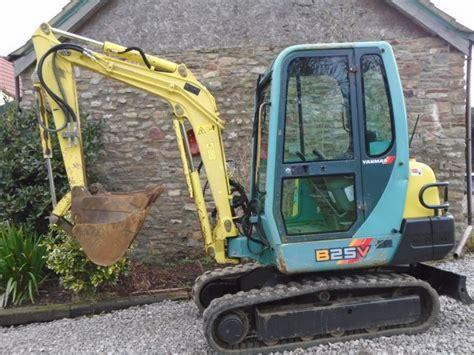 yanmar bv  ton mini digger excavator vat  buckets delivery  sale  united