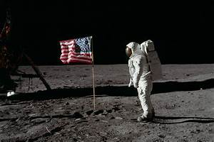 Photos: Remembering the Apollo Program That Put Man on the ...