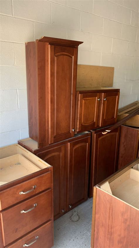 ccherry kitchen cabinets  sale  reading pa offerup